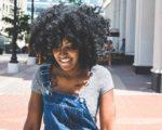Comment sécher des cheveux afro sans les abîmer ?